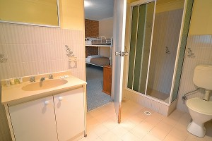 Alto Vista 6 bathroom